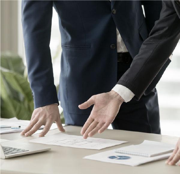 img Asesoria tributaria en planeacion de venta de empresas familiares - Tax advice in planning the sale of family businesses